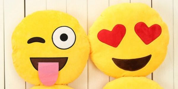 Keep your kid happier with the emoji toys available online